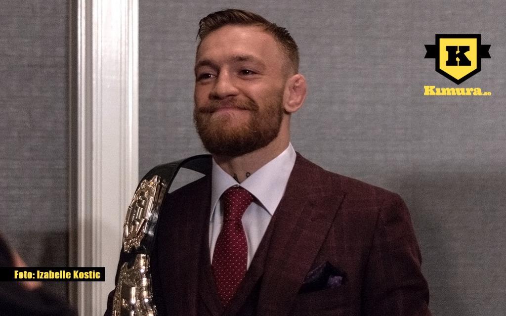 Conor McGregor ler med UFC bälte