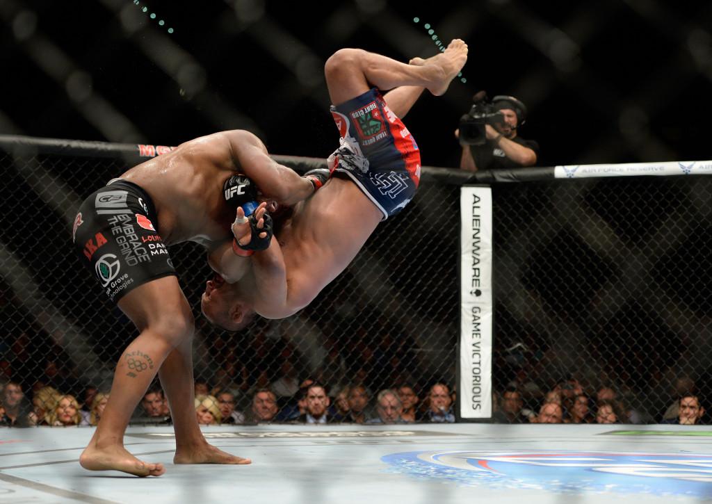UFC 173: Cormier v Henderson