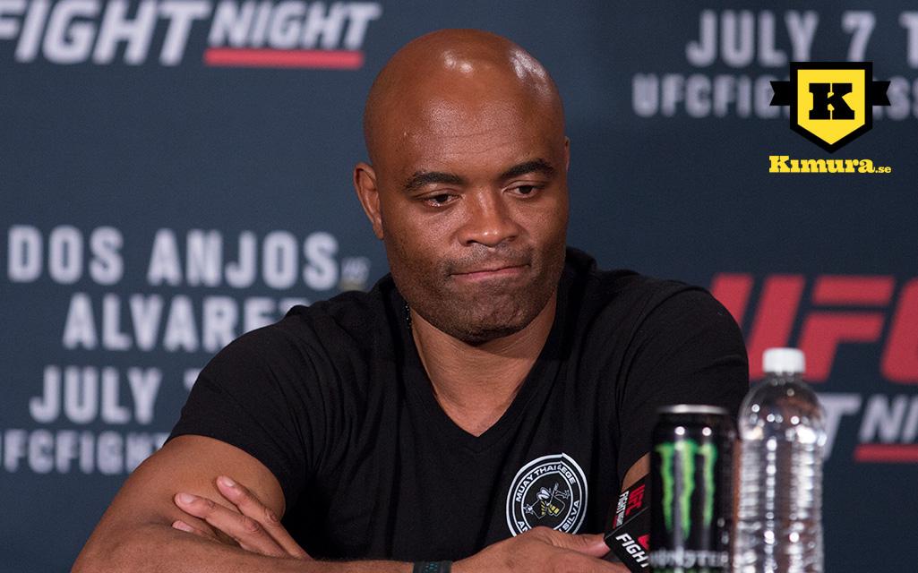 Anderson-Silva-UFC-14
