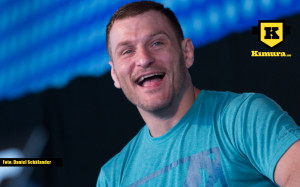 Stipe Miocic glad