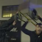 Conor McGregor attackerar bus