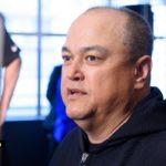Scott Coker under intervju inför Bellator 179