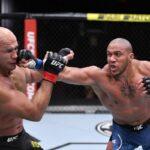 Ciryl Gane vs. Junior dos Santos under UFC 256