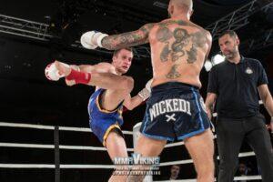 Filiph Waldt mot Martin Akhtar på Bulldog Fight Night