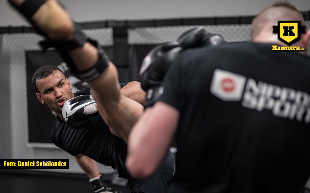 Sahil Siraj sparkar på träning