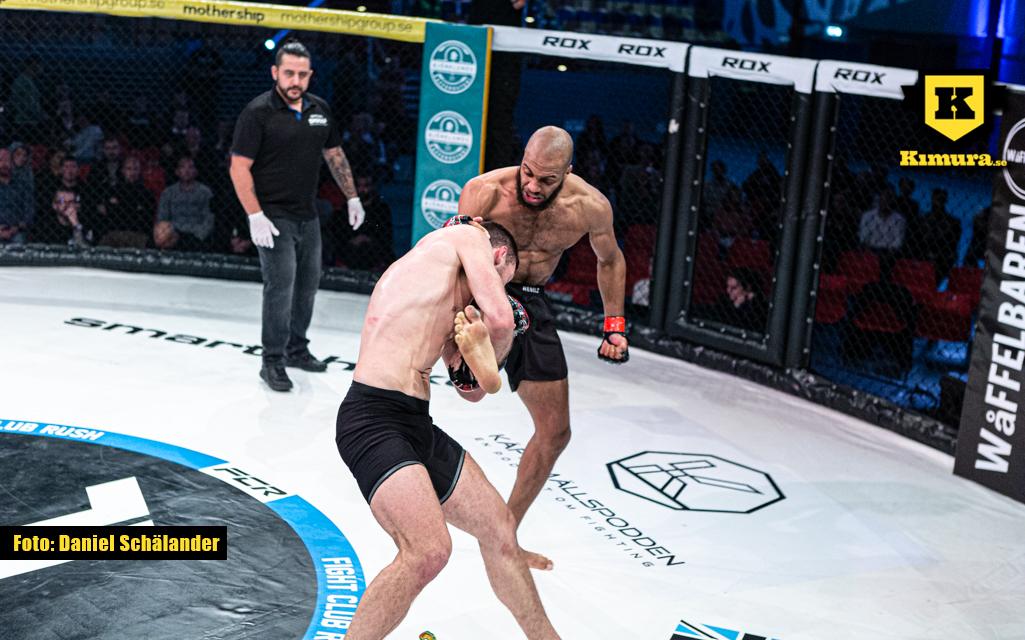 Khaled Laallam slår