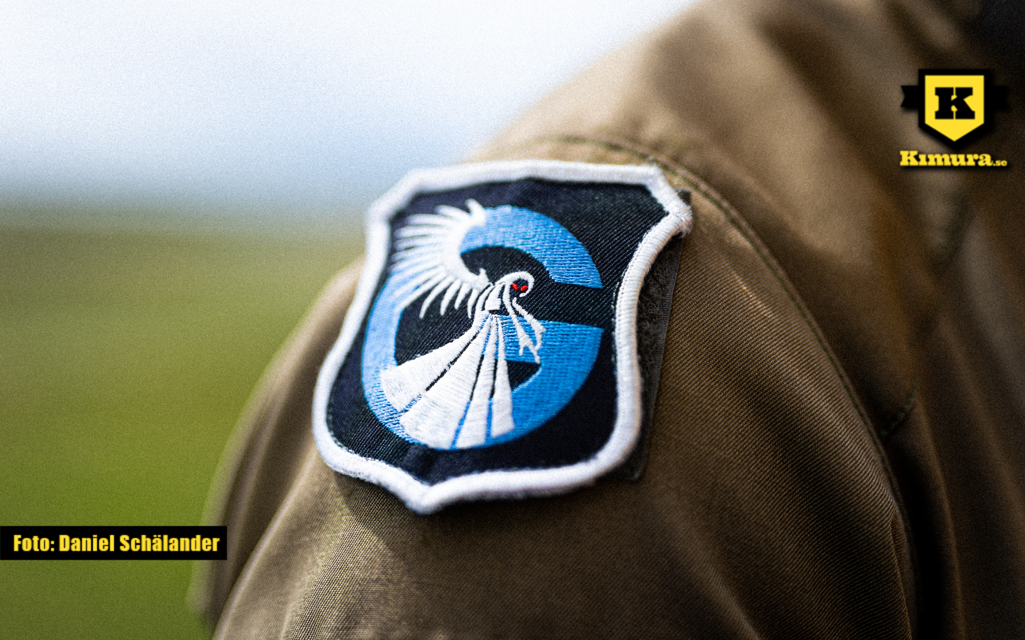 Max Hederströms uniform med Ghosts emblem